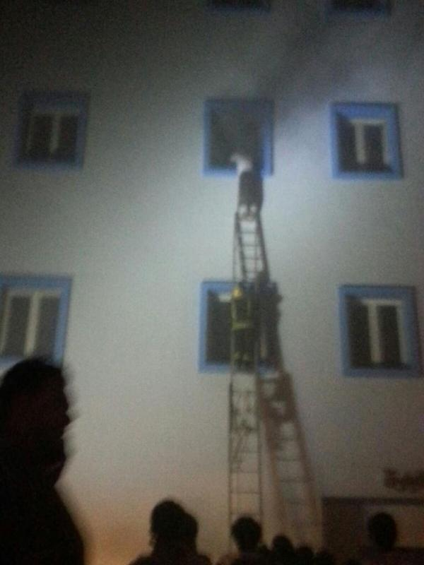 شاهد عيان يروي سبب الحريق في مستشفى , بالصور مأساة حريق مستشفى جازان العام