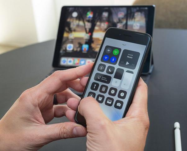 شرح تنزيل تحديث iOS 11 يدوياً عبر اتباع الخطوات التالية