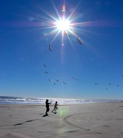 الوقاية من حرارة الشمس - العناية بالاطفال من حرارة الشمس