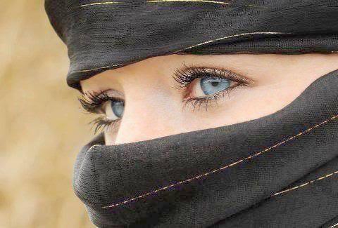 كلمات وعبارات عن العيون , اشعار وقصائد للعيون جميلة , بوستات غزل عن العيون