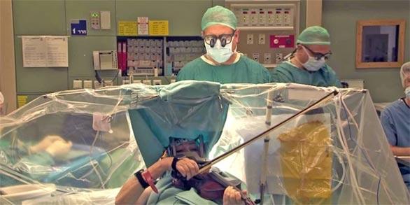 بالصور اغرب 10 اشياء شياء حدثت اثناء العمليات الجراحية
